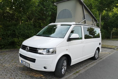 Hire a motorhome in Delmenhorst from private owners  vw Schneeflocke