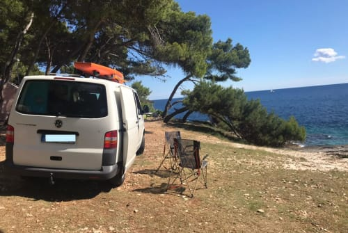 Hire a motorhome in Ludwigsburg from private owners| VW Fred