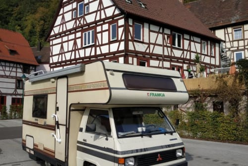 Hire a motorhome in Dortmund from private owners  Mitsubishi L300 - Oldtimer