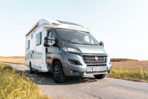 "Hire a motorhome in Großenbrode from private owners| Weinsberg  WoMo ""Bernd"""