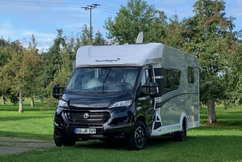 Hire a motorhome in Königsfeld from private owners| Sunlight SUNNY 20 T68XV