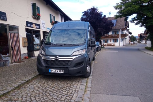 Hire a motorhome in Huglfing from private owners  RoadCar Hektor