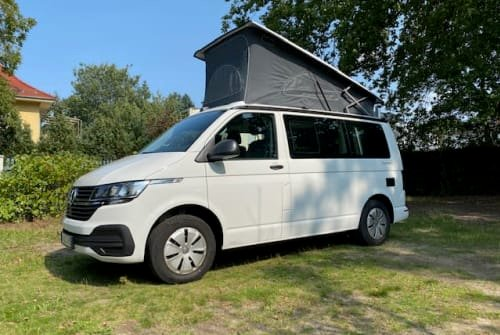 Hire a motorhome in Kleinmachnow from private owners| VW BehagenCamp 995