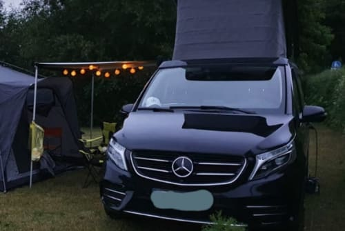 Hire a motorhome in Schwerin from private owners  Mercedes Benz Merci