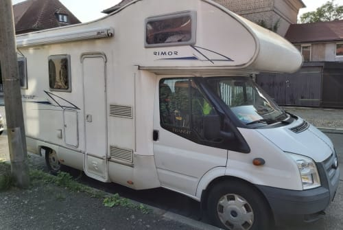 Hire a motorhome in Leipzig from private owners| Rimor  Katamaran