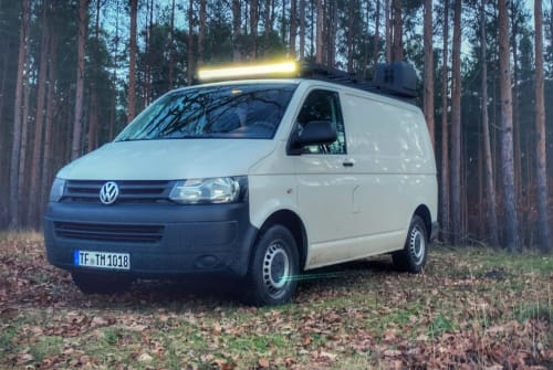 Hire a motorhome in Luckenwalde from private owners  VW Transporter Bulli