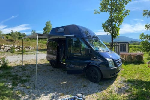 Hire a motorhome in Berlin from private owners| Ford Nuggetino