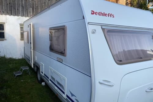 Hire a motorhome in Wolfratshausen from private owners| Dethleffs Dethleff