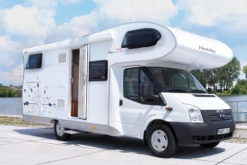 Hire a motorhome in Langwedel from private owners| Hobby Hobby-Transe