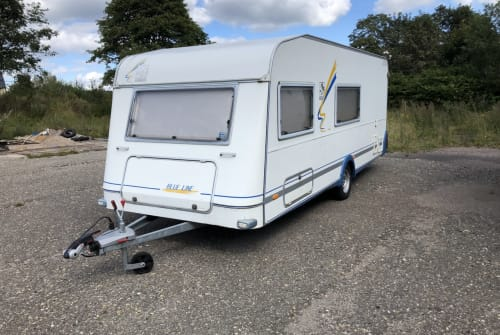 Hire a motorhome in Oberhof from private owners| Knaus Wohni