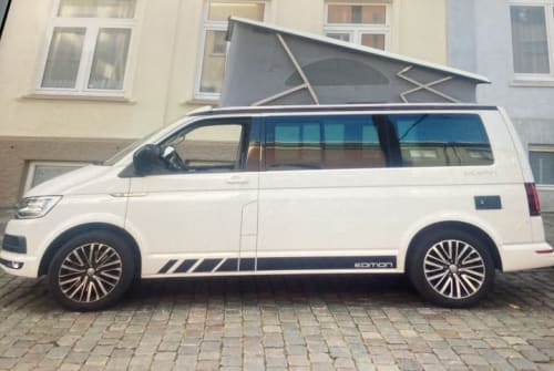 Hire a motorhome in Schwerin from private owners  Vw Diego Maradona