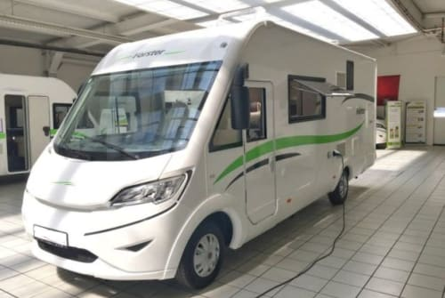 Hire a motorhome in Neustadt an der Orla from private owners| Forster Forster I 726