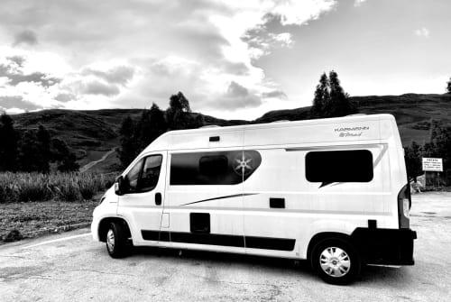 Hire a motorhome in Ilmenau from private owners| Karmann Carlo