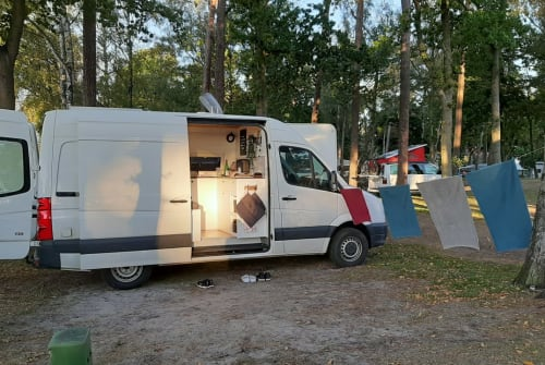 Hire a motorhome in Neuenhaus from private owners| VW Camper Fred