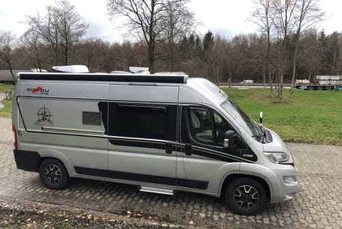 Hire a motorhome in Tespe from private owners| Malibu Silvershadow
