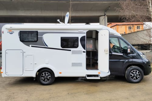 Hire a motorhome in Osterode am Harz from private owners| Carado Jörg One
