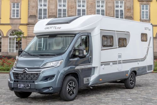 Hire a motorhome in Hamburg from private owners| Giottiline Grey Hound