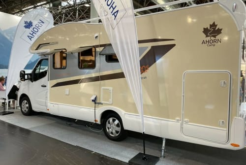 Hire a motorhome in Schöneck from private owners  Ahorn Alaska TD 2021