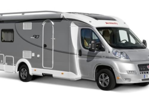 Hire a motorhome in Berlin from private owners| Dethleffs Wolke7
