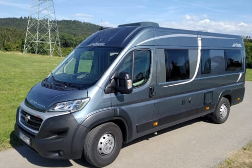 Hire a motorhome in Frittlingen from private owners| Pössl Roadcruiser