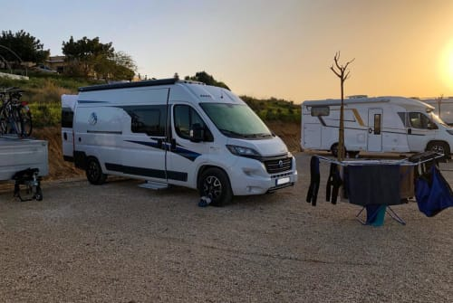 Hire a motorhome in Köln from private owners| Fiat Ducato MiamiJörg
