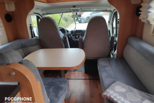 Hire a motorhome in Brüggen from private owners| Hymer HymerT614 CL2x2