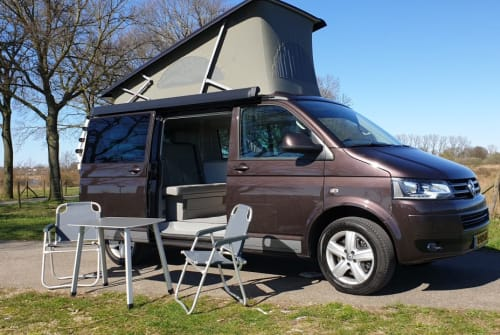 Hire a motorhome in Cuijk from private owners  Volkswagen T5 Generation