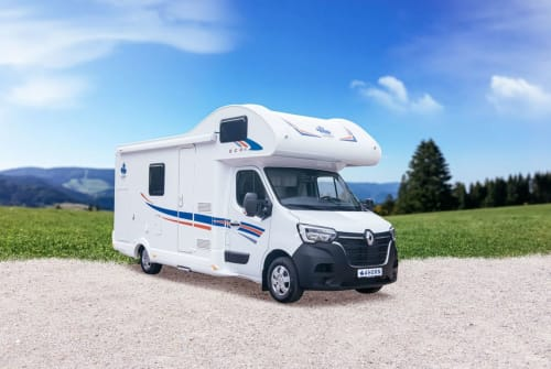 Hire a motorhome in Freital from private owners| Ahorn Ahorn Camp A683