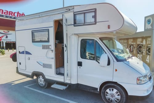 Hire a motorhome in Torremolinos from private owners| Fiat Ducato Shugi