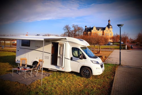 Hire a motorhome in Südliches Anhalt from private owners| Dethleffs Tobi