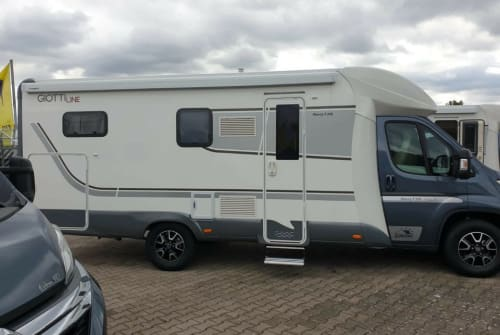 Hire a motorhome in Gelnhausen from private owners| Citroen Jumper Giottiline T37b