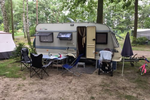 Hire a motorhome in Leipzig from private owners| Hobby Fuchsbau