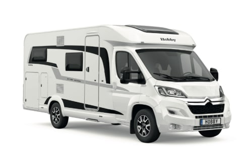 Hire a motorhome in Freital from private owners| Hobby WoMo 4