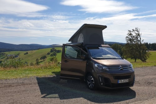 Hire a motorhome in Freiburg im Breisgau from private owners| Citroen Muhme Rumpumpel