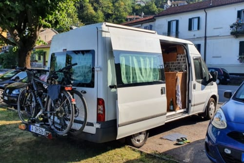 Hire a motorhome in Augsburg from private owners| Ford Coco