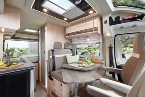 Hire a motorhome in Landsberg am Lech from private owners| Pössl Summit 600