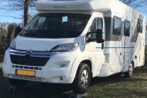 Hire a motorhome in Wijchen from private owners  Sun Living  SunLivingS75SL