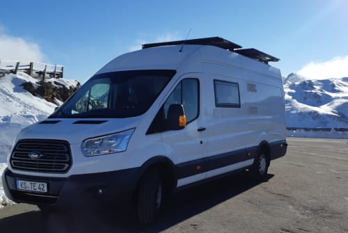 Hire a motorhome in Fuldatal from private owners| Ford Herbie