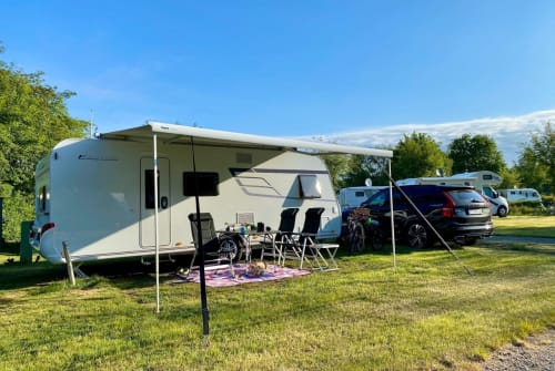 Hire a motorhome in Paderborn from private owners| Hymer ERIBA 560 Family