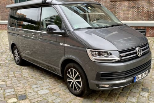 Hire a motorhome in Hamburg from private owners| VW BODO