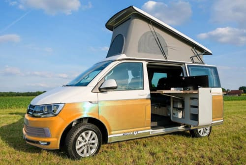Hire a motorhome in Loosdrecht from private owners| VW Transporter XL VW Camper bus