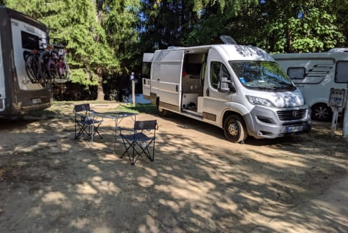 Hire a motorhome in Bruchsal from private owners| Fiat Trude
