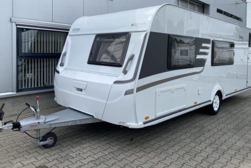 Hire a motorhome in Großefehn from private owners| Hymer Hymer Eriba