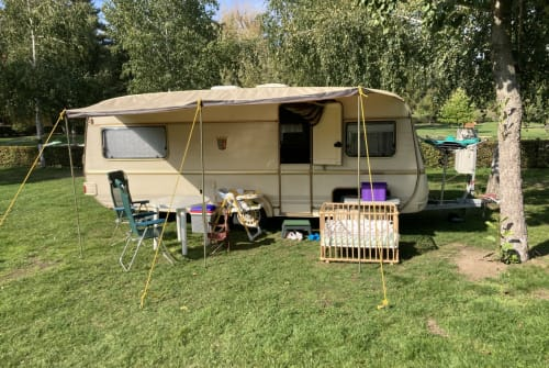 Hire a motorhome in Jesewitz from private owners| Tabbert Osel