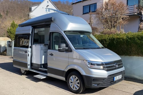 Hire a motorhome in Geislingen an der Steige from private owners| VW Gran California 600 Crafti