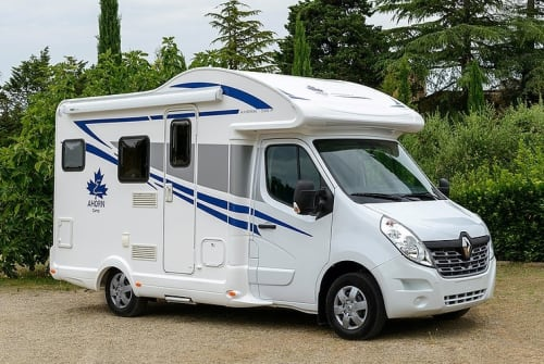 Hire a motorhome in Mosbach from private owners| Ahorn 590er