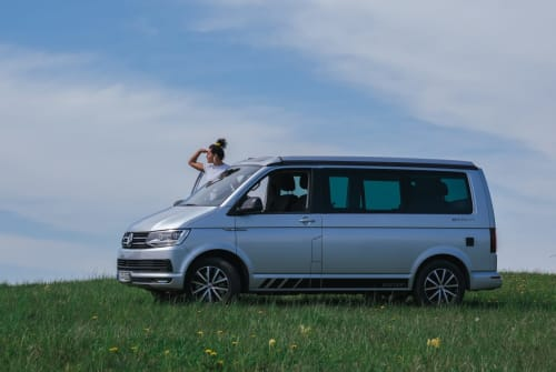 Hire a motorhome in Berlin from private owners  VW Lenni