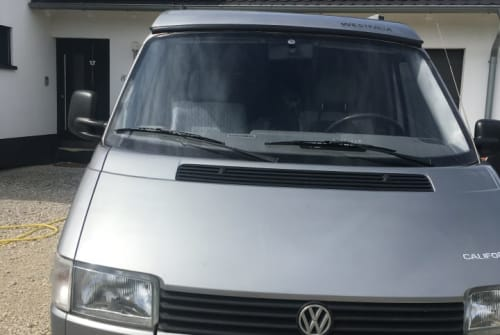 Hire a motorhome in Bayreuth from private owners| VW T4 California Hans