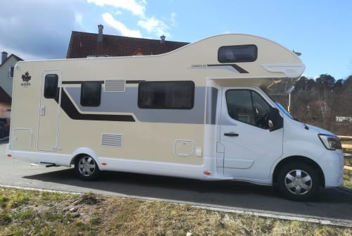 Hire a motorhome in Hartenstein from private owners  Ahorn 77er