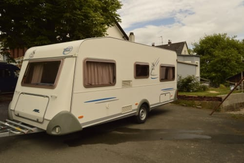 Hire a motorhome in Hummeltal from private owners| Knaus Detlef